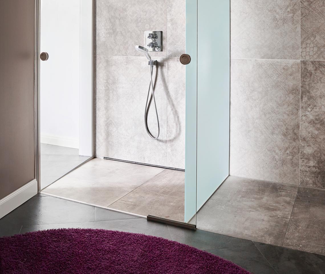 Duschvergnügen - helle Motivfliesen - hier dusch ich gern - Fliesenmeisterei