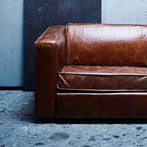 Couch aus dem Studio - Fliesenmeisterei